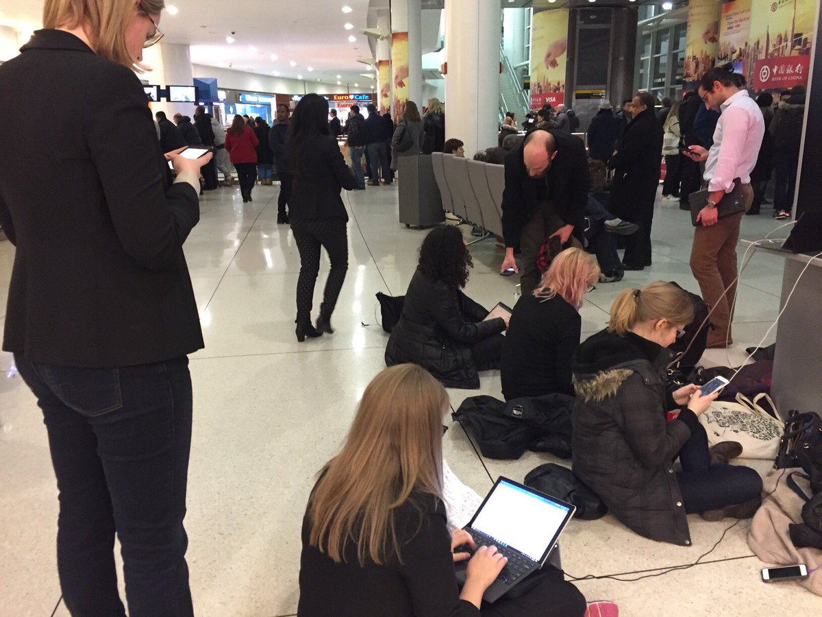 LITERALLY on the ground. Volunteer lawyers are working pro-bono on a Saturday preparing habeus corpus petitions for detainees at JFK.
