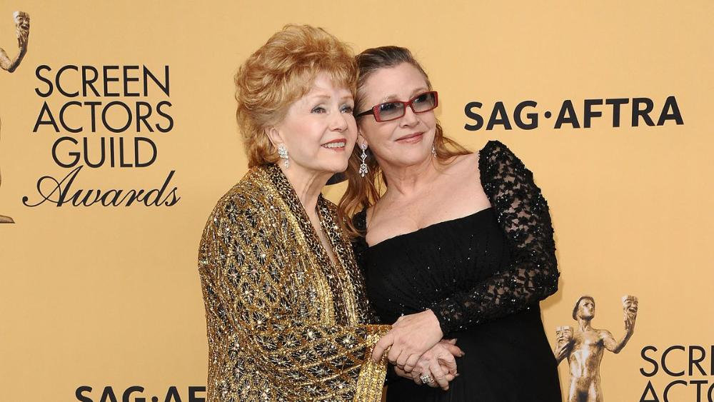 Newswire: The public memorial for #Carrie Fisher and #Debbie #Reynolds is happening in March  http:// bit.ly/2jr5Kke  &nbsp;  <br>http://pic.twitter.com/REgaYkehBN