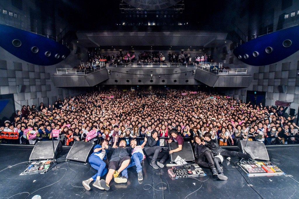 本日は√3ツアーで名古屋に向かっております!  一昨日のThanks Giving 打ち上げの席もと…