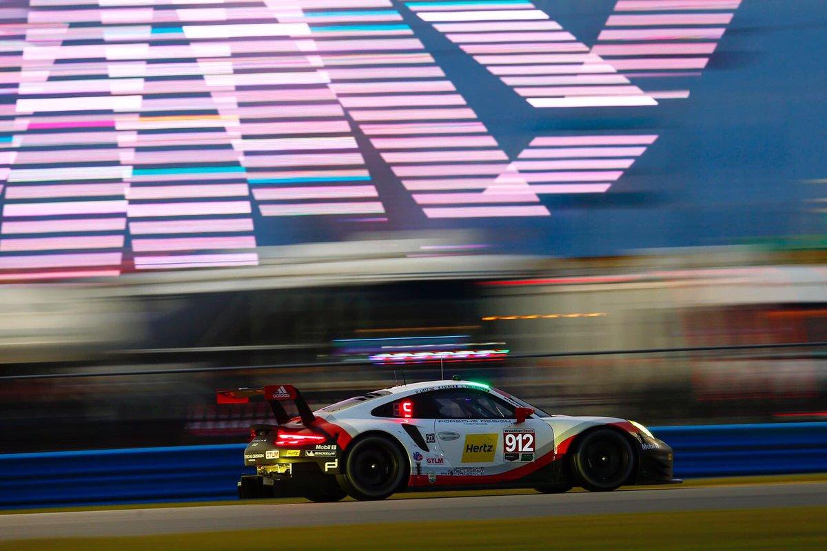 Porsche ataca en GTLM