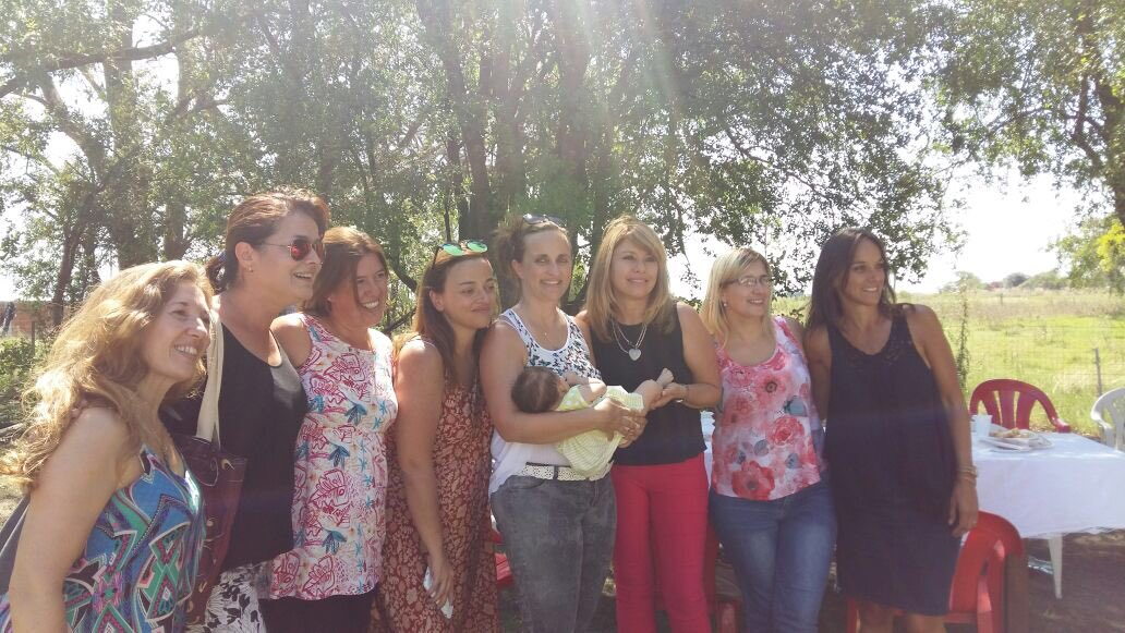 Junto a @SergioMassa en #Tordillo #Mujeres #FrenteRenovador <br>http://pic.twitter.com/mipHVl3t0i