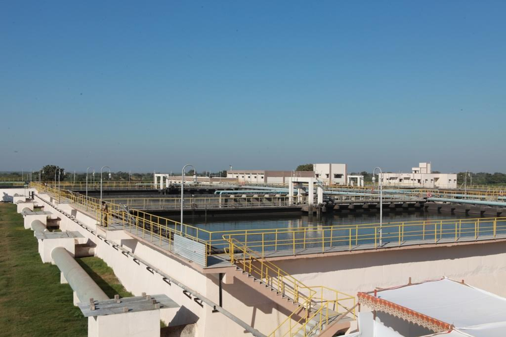 Jamnagar gets underground gutter, Sewage treatment plant; work for waste-to-power plant launched