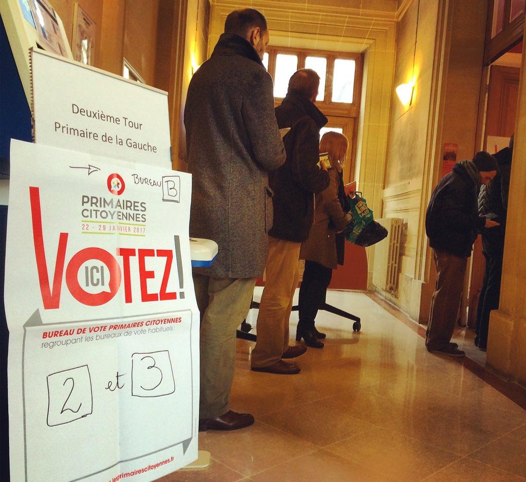 Ivanne Trippenbach on Twitter Reportage dans les bureaux de vote
