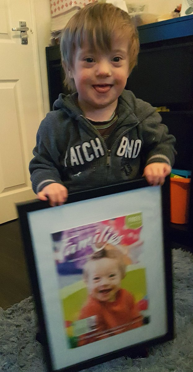 Daddy bought a frame for my @familieswarks magazine cover. Hanging it up now in our living room #Tyler #DownSyndrome #MagazineCoverStar pic.twitter.com/CJvdiZcPj9