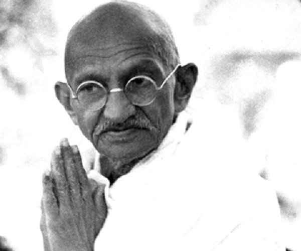 mohandas ghandis resistance speech essay Biographies essays: mahatma gandhi's influence and ideas at the root of every protest and speech was an insistence on non-violence mahatma gandhi mohandas.