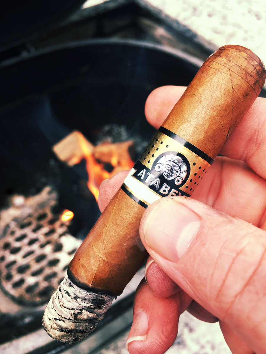 Firing up the @officialprimo and an #Atabey.  This man&#39;s happy place...@UnitedCigars #nowsmoking<br>http://pic.twitter.com/dFr0OFCEW4