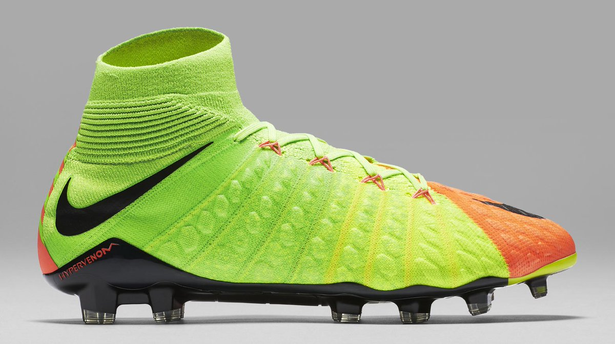 premium selection 41274 87b85 Football Boots DB on Twitter: