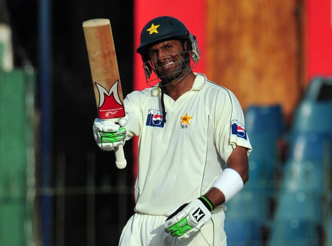 His averages 35.14 in Tests and 35.01 in ODIs - Happy 35th Birthday to Pakistan all-rounder Shoaib Malik!