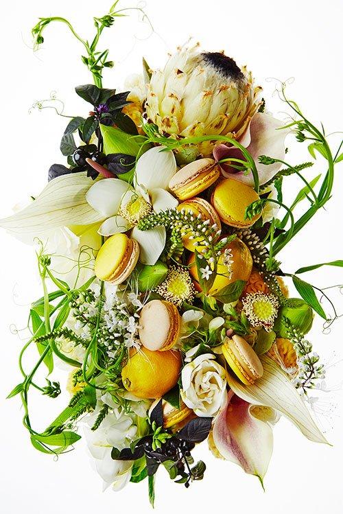 ピエール・エルメ・パリのマカロン「ジャルダン デ ポエット」白味噌とレモンの組み合わせ fashio…
