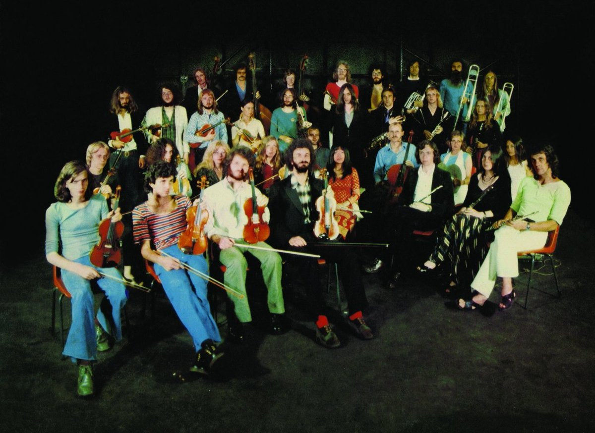 Brian Eno with the Portsmouth Sinfonia, 1974 #clarinetist #orchestra<br>http://pic.twitter.com/hTcI8h1Q1A