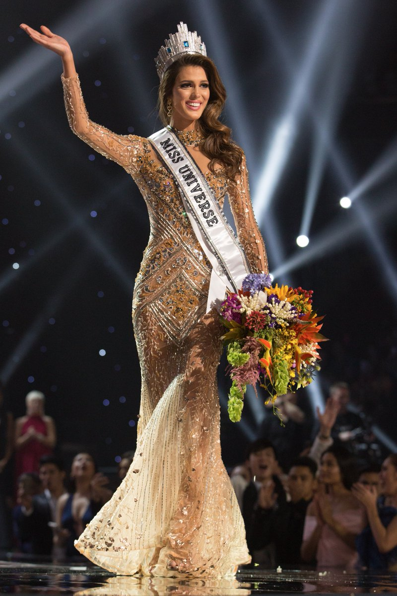 france 39 s iris mittenaere is crowned miss universe. Black Bedroom Furniture Sets. Home Design Ideas