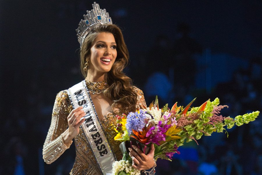 23 year old miss france iris mittenaere crowned the 2017. Black Bedroom Furniture Sets. Home Design Ideas