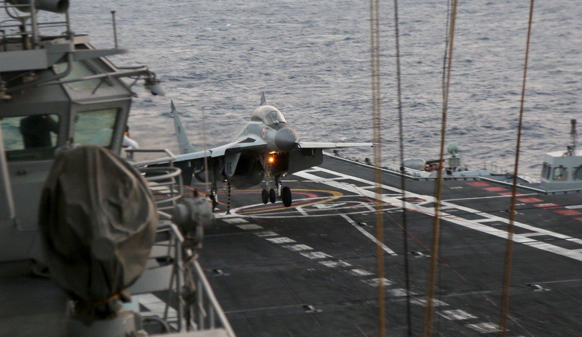 Тактические и оперативные учения ВМС Индии TROPEX-2017