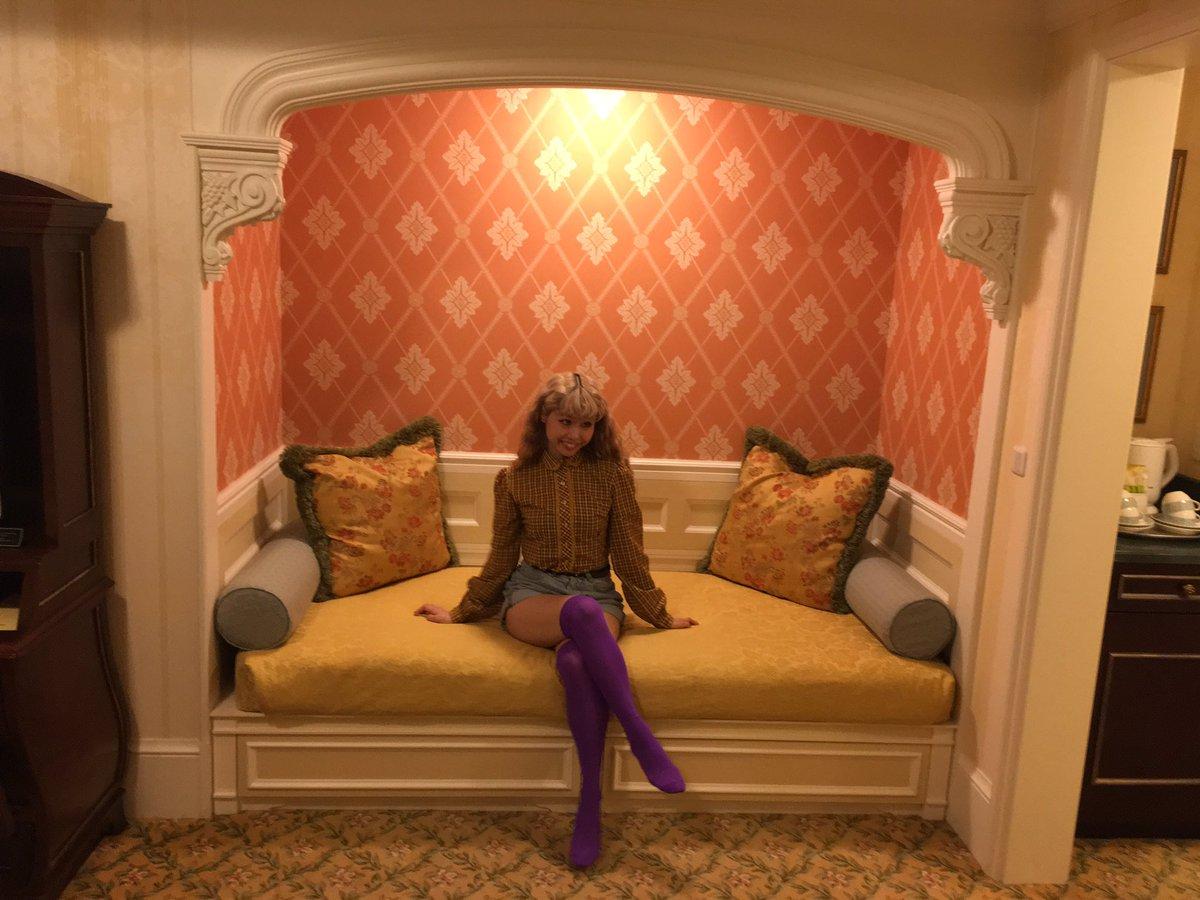 昨日は収録終わりにランドホテルに泊まらせてもらって、そして今日は一日中ディズニーシーで番組のロケでし…