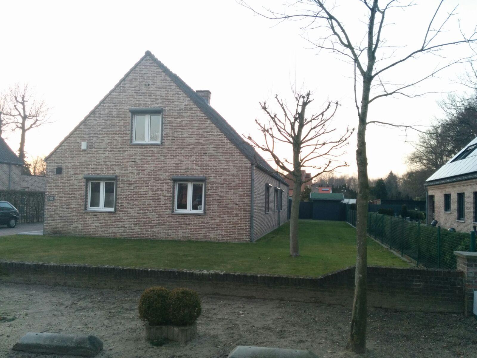 een woonhuis in België met de MyJablotron Web Self Service