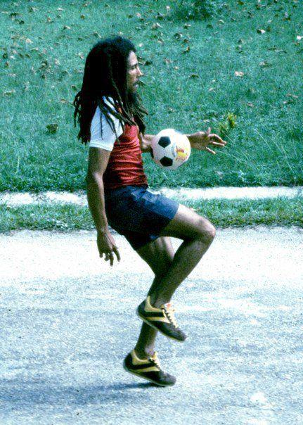 Revista Libero On Twitter Hoy Cumpliria 72 Anos Bob Marley Su
