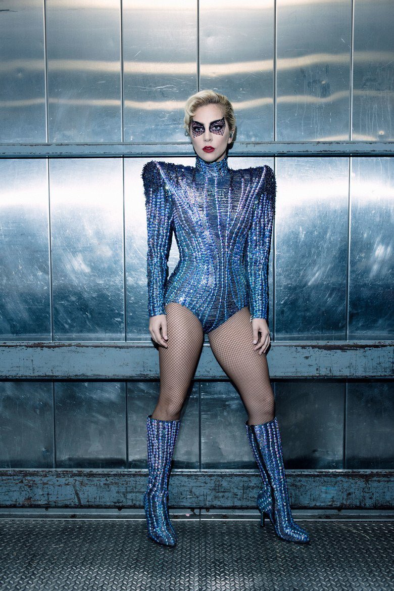 So!!!!!!??? What did you guys think of the #PepsiHalftime show? I love performing for you ���� #Gaga  #SB51 #SuperBowl https://t.co/e5MITHXKqf