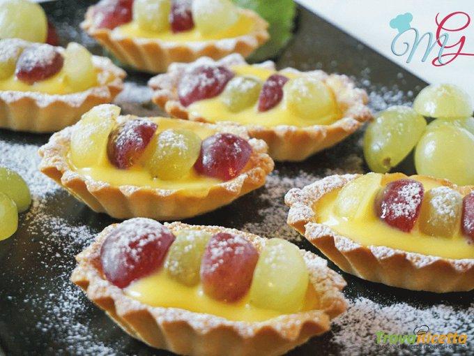 Crostatine di uva