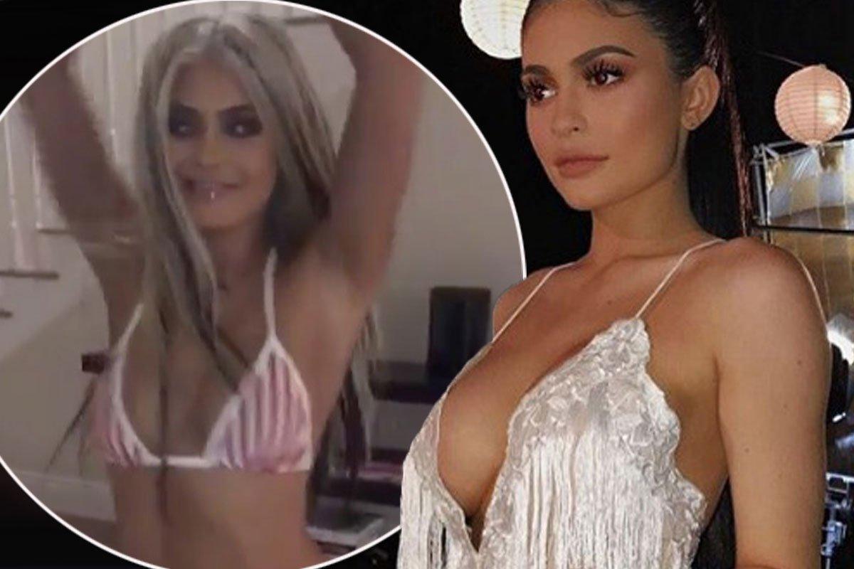 e7b7964b00b4c Kylie jenner sparks secret boob job rumours with low-cut dress in costa  rica - scoopnest.com
