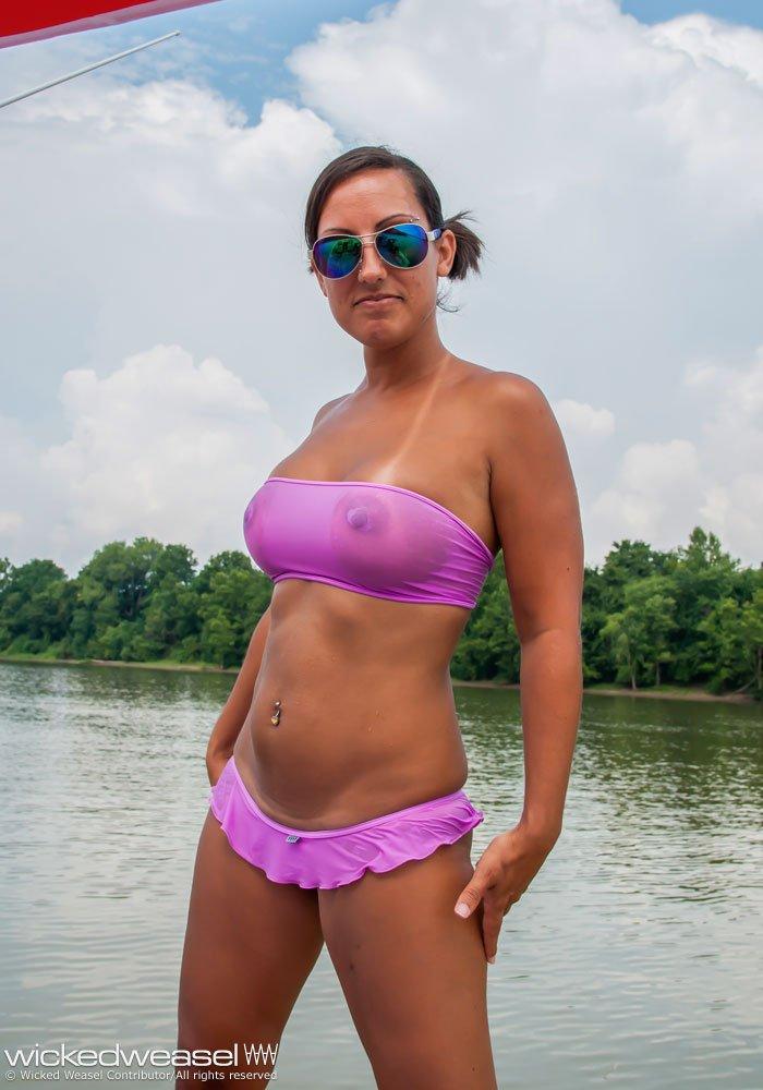 Boobs Devon Sawa nudes (92 fotos) Is a cute, 2020, swimsuit