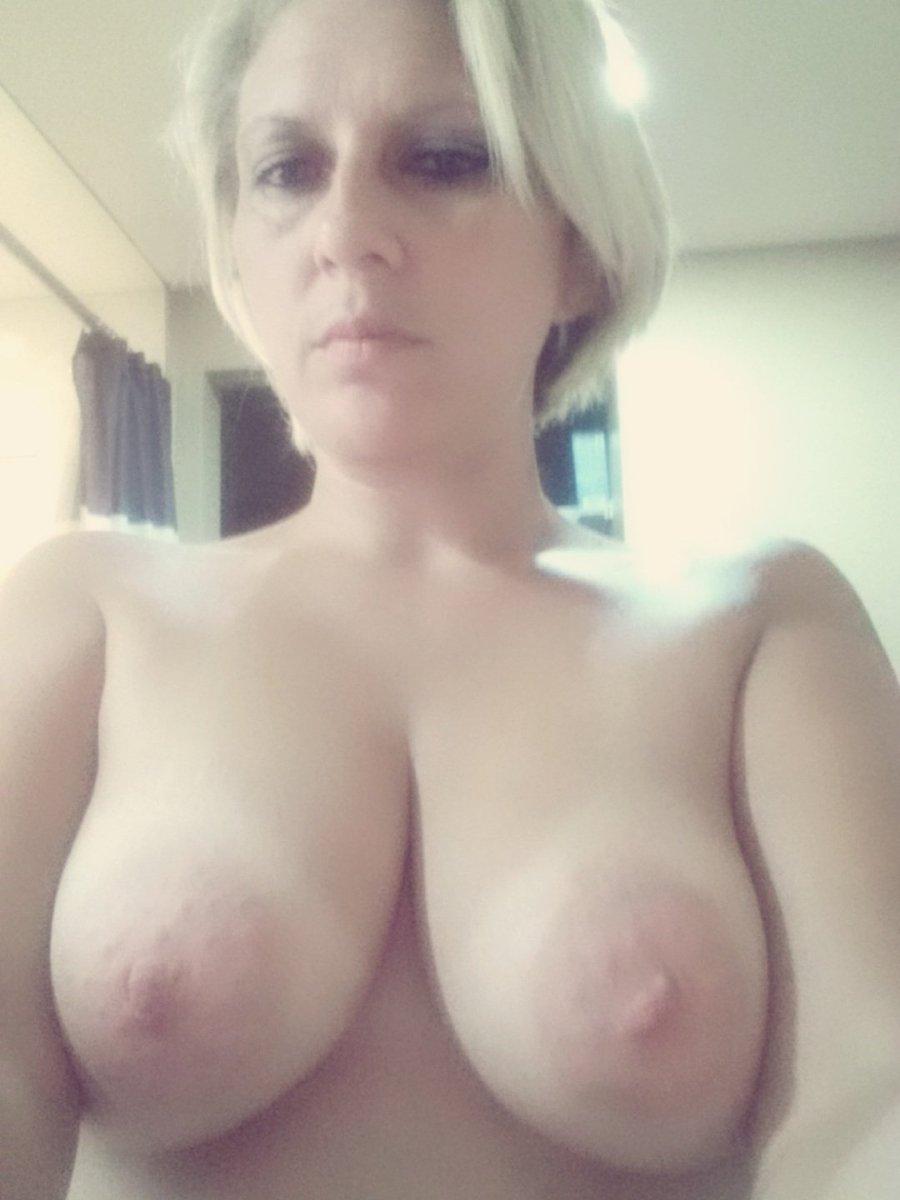 Nude Selfie 10478