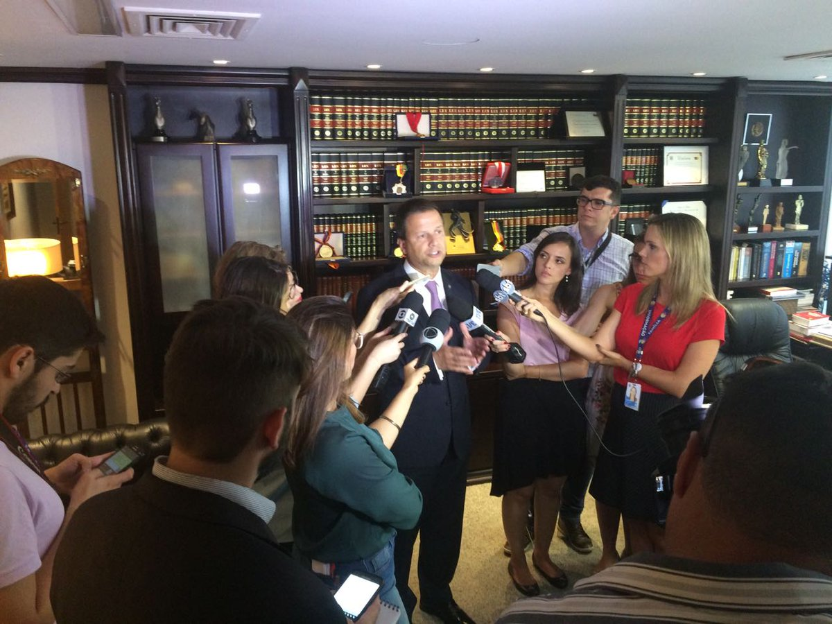 Presidente nacional do @CFOAB, @claudiolamachia defende quebra do sigilo das delações da Odebrecht https://t.co/YR0cVPYf6B