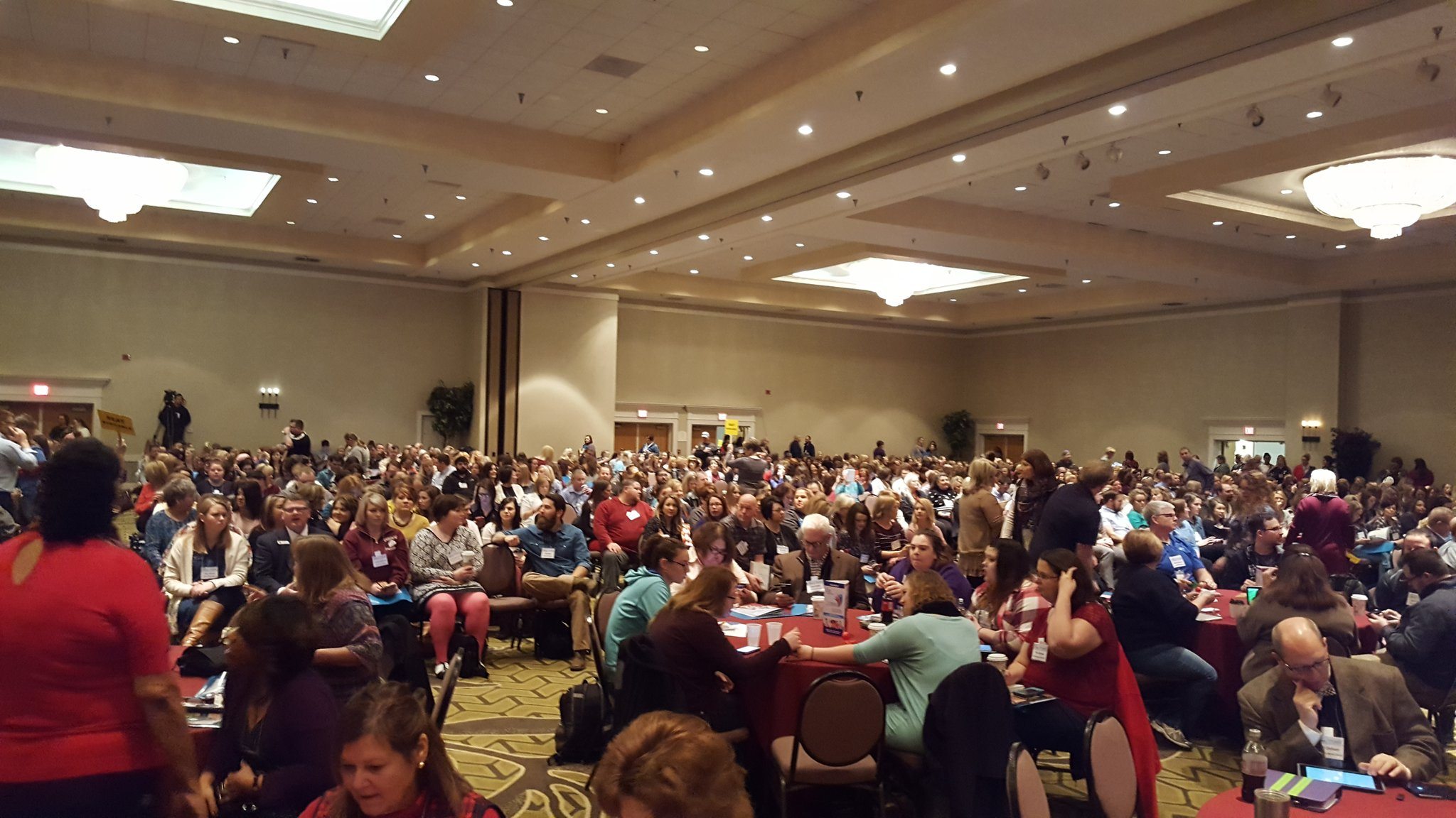 Full house at #moplc17! Can't wait to learn from some of the best to improve Student achievement! @moplc @StLouisRPDC @EducPlus https://t.co/xFdwc8mavF
