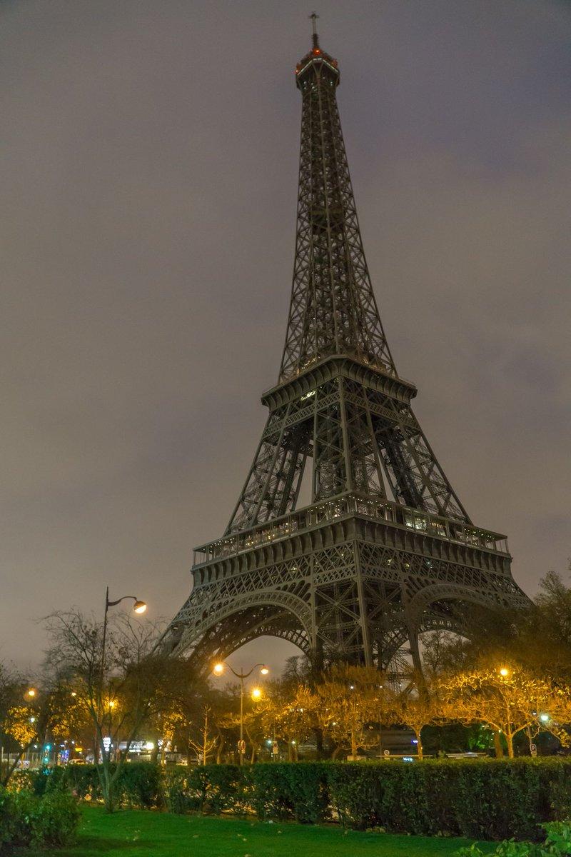 La Tour Eiffel On Twitter I Will Turn My Lights Off Tonight At