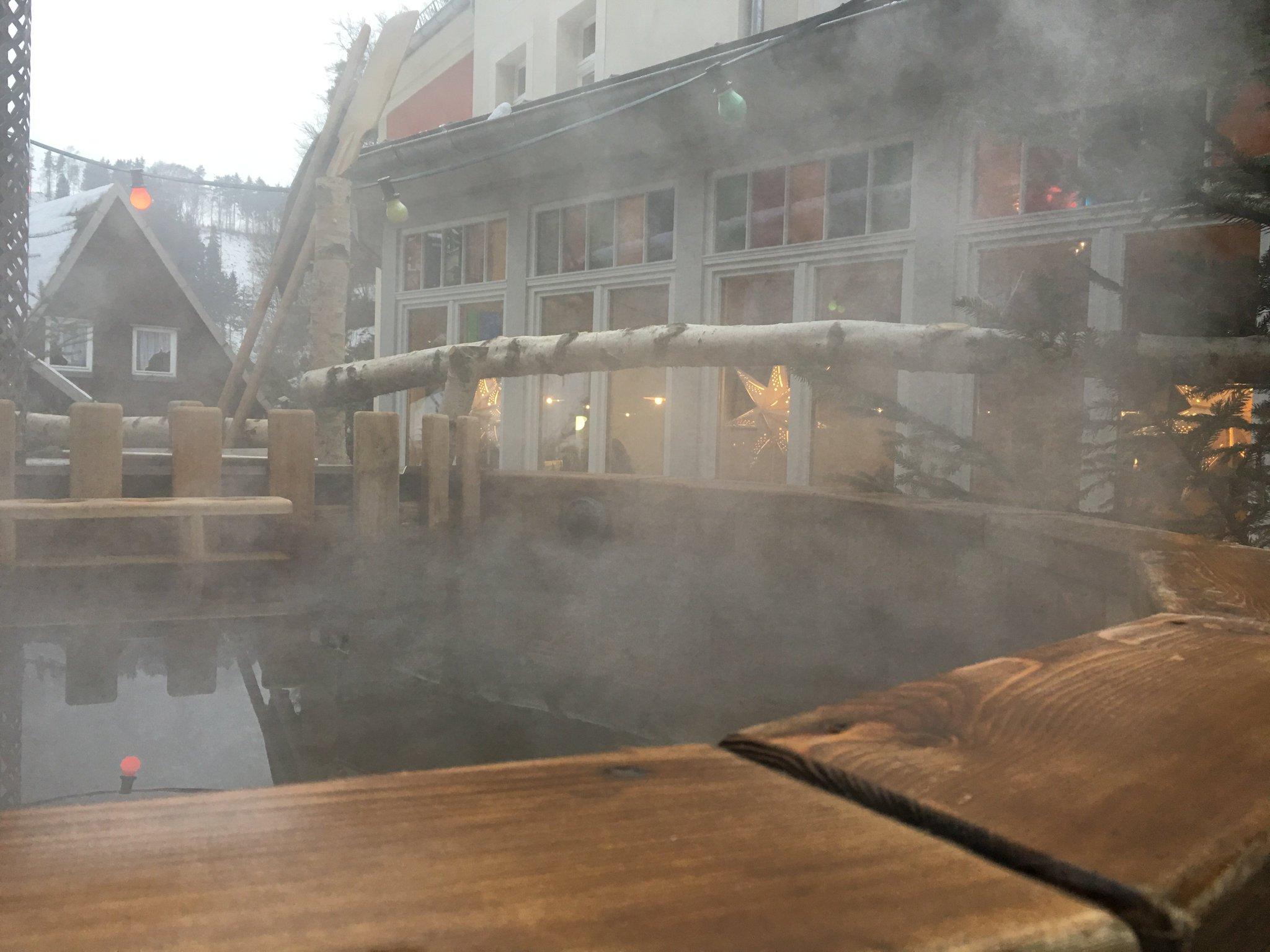 Der Zuber wäre dann warm. Wer mag? #schmilka #saechsischeschweiz #meurers https://t.co/k2YAyxS4xV