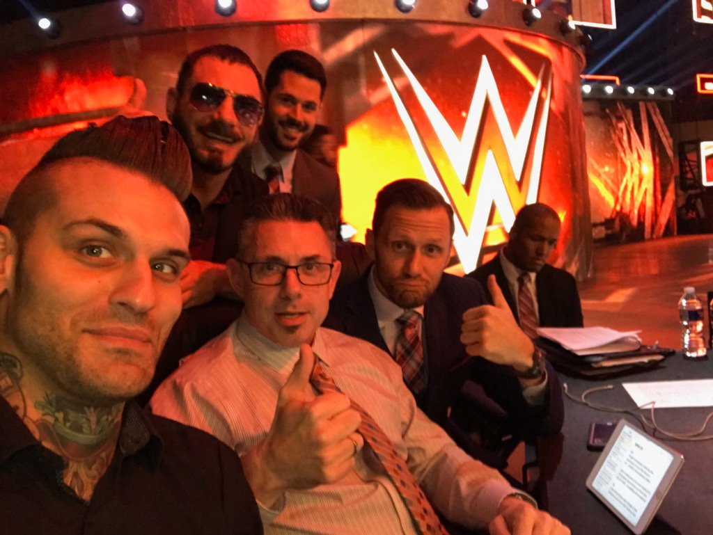The future of #raw?! @WWEGraves @AustinAries @TomPhillipsWWE @McGuinnessNigel    Is @ByronSaxton finally out?! https://t.co/H4aYNavbwh