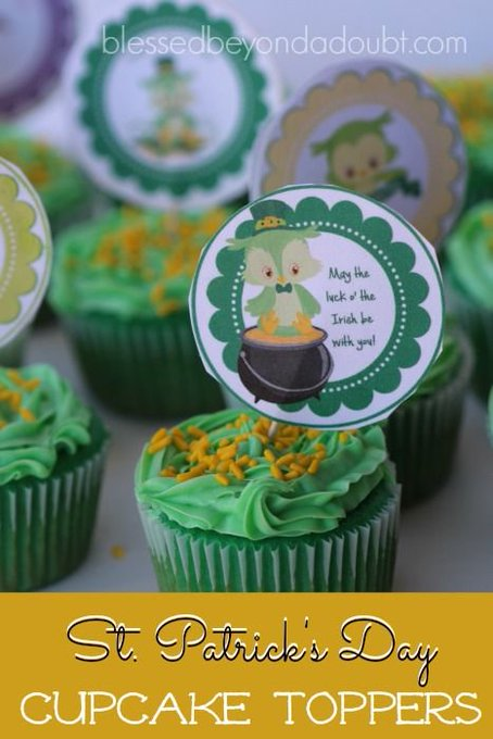 FREE St. Patrick's Day Cupcake Toppers