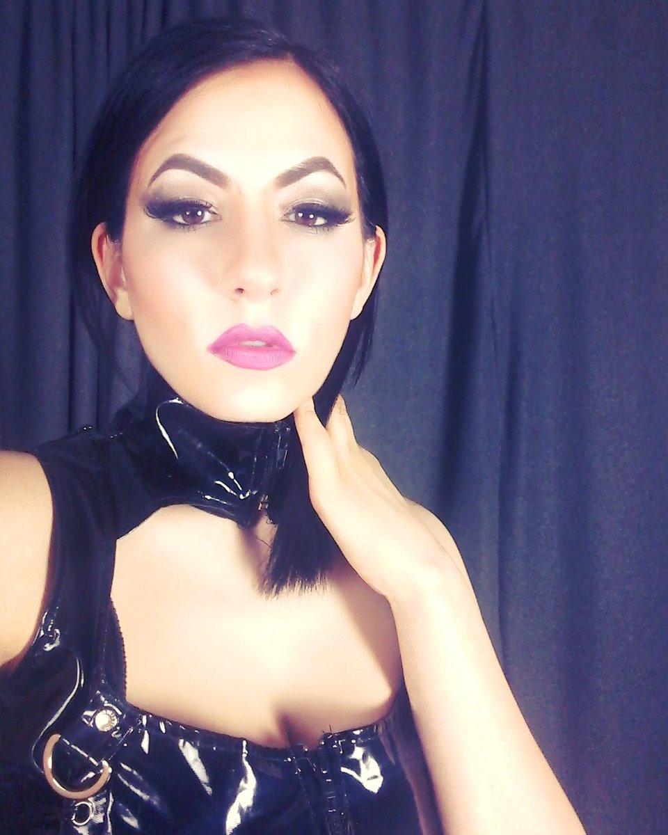 mistress nadia chicago