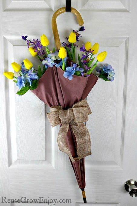 How To Make An Umbrella Floral Arrangement