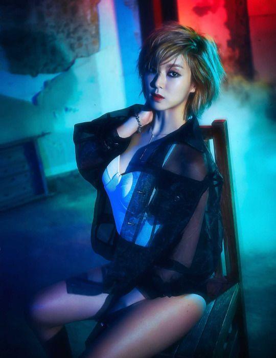 Kim Hyuna Queen of being sexy tbh. She's beautiful the way she is and the  way she tells women to be confident and all.
