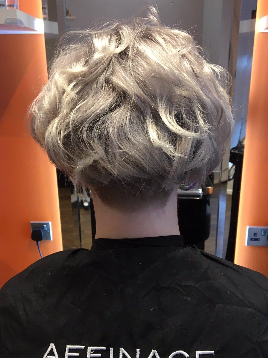 @Affinage_Hair #hairbyjoshuajones #affinagegothicseries #lovegreyhair pic.twitter.com/mYs7X0zEWi
