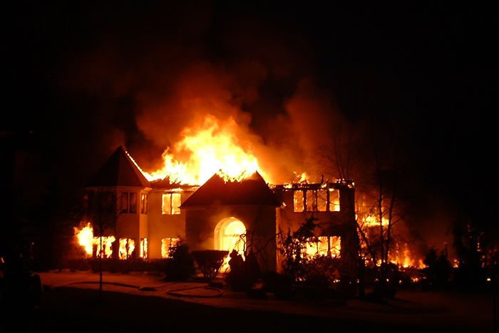 Cops use pacemaker data to charge homeowner with arson, insurance fraud