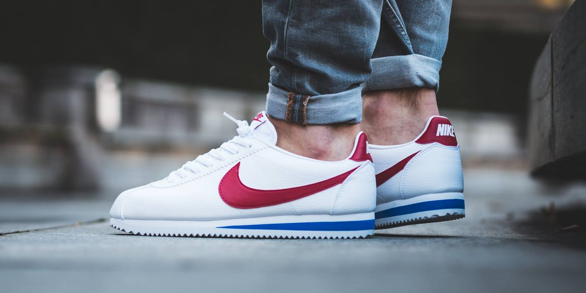 best sneakers 222d3 a8fcc nike cortez forrest gump white red blue