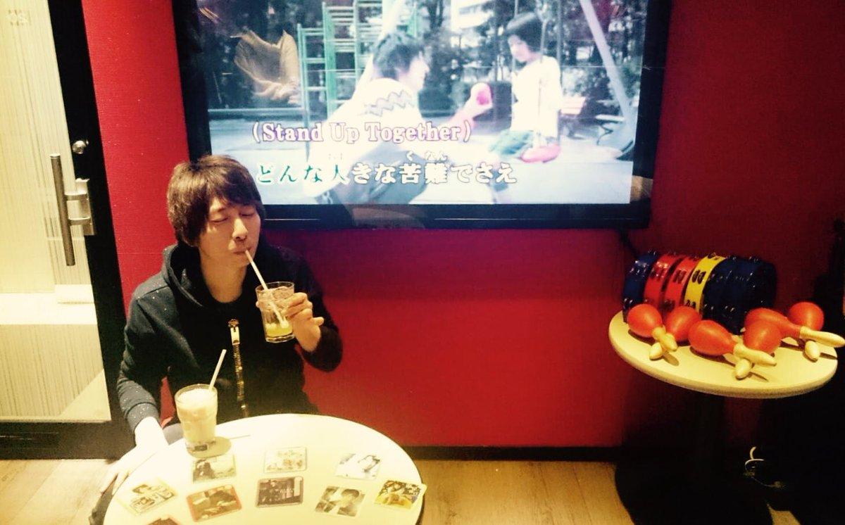 カラ鉄渋谷道玄坂店さんでははじまりの日にを。 りんごの甘みと酸味に郷愁を覚えます。