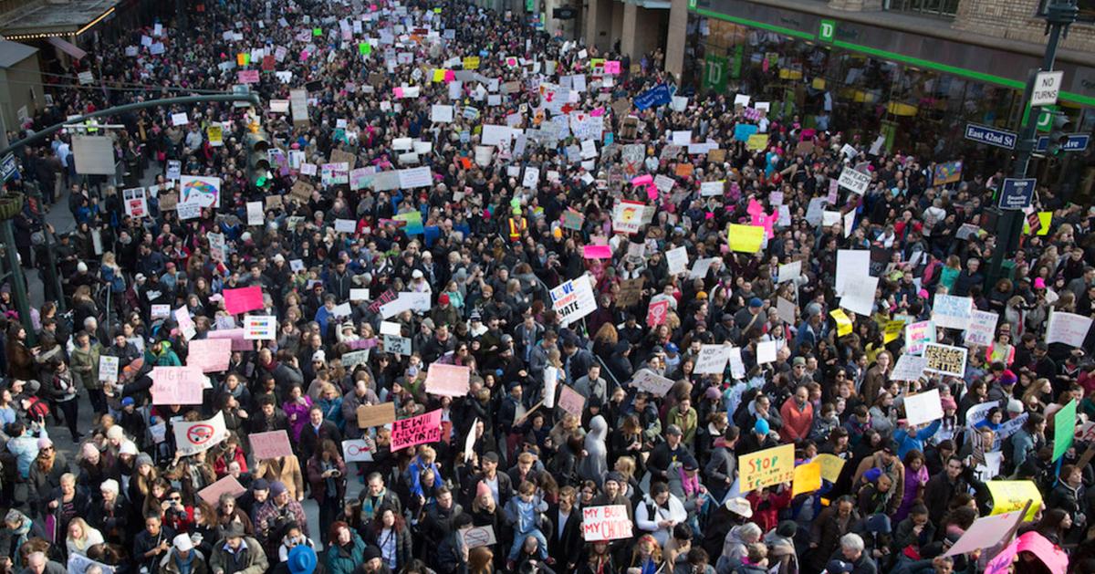 Should journalists protest in Trump's America? https://t.co/qRhJLOIl7p https://t.co/l96pmbgVio