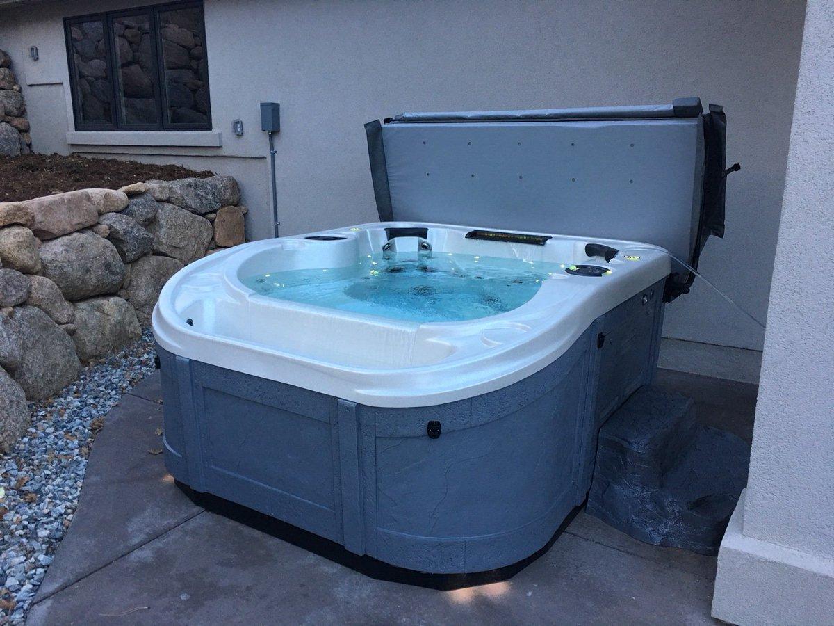 Contemporary Infinity Edge Tub Inspiration - Bathtub Ideas - dilata.info