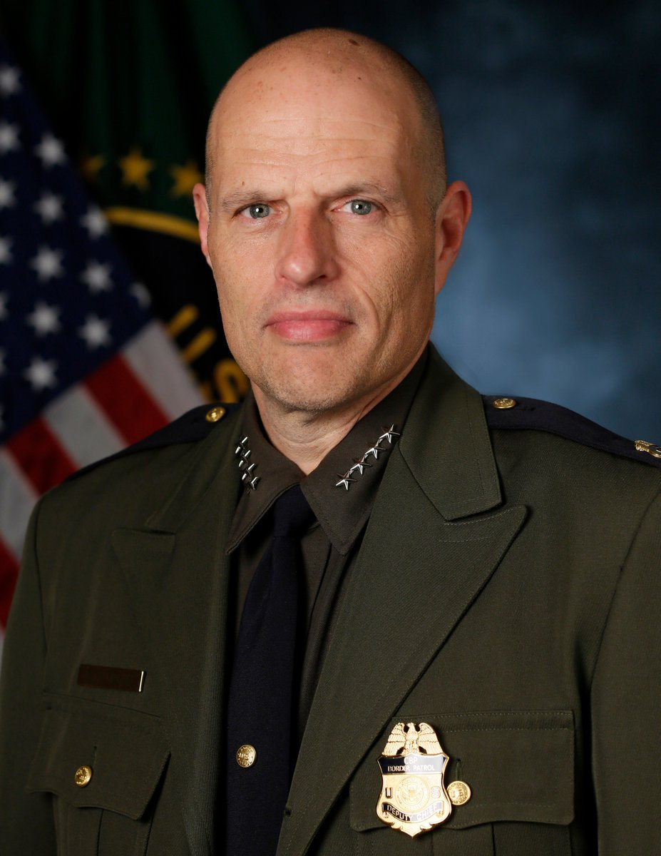 I am pleased to announce the appointment of Ron Vitiello as U.S. Border Patrol Chief—KM #HonorFirst https://t.co/OY5lZxw9rd
