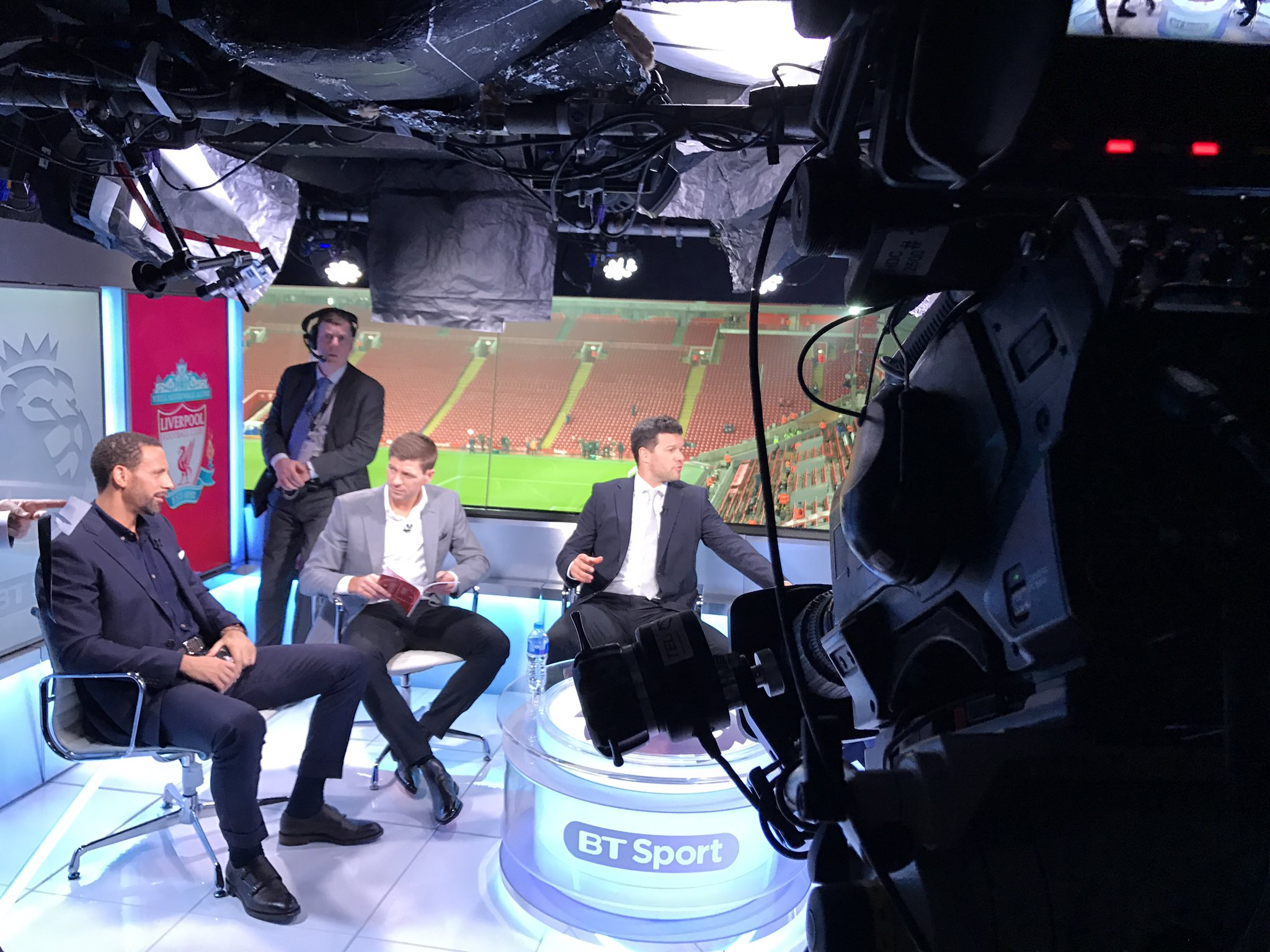 Preparation taking place.. rehearsals ahead of going LIVE at 7pm this evening on @btsport #LIVCHE https://t.co/M2wvdMxUmm