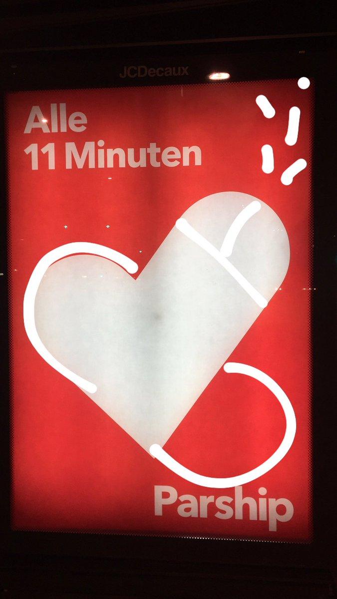 alle minuten verliebt sich ein single)