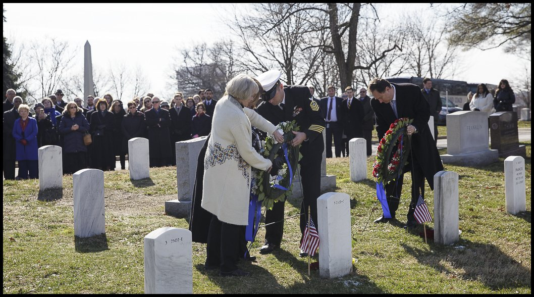Pictures from NASA's Day of Remembrance at @ArlingtonNatl have been posted - https://t.co/WsYJjTDegd #NASARemembers