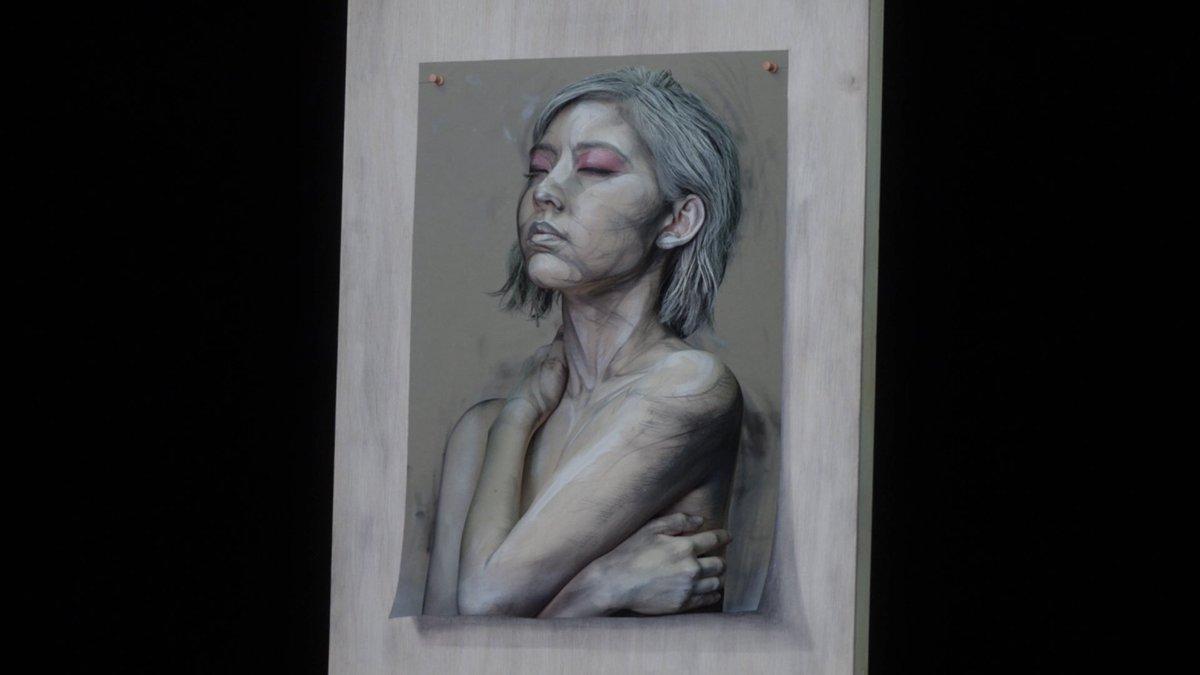 宮脇咲良  カネボウ化粧品 KATE WEBムービー 「絵画に隠されたヒミツ」 是非ご覧ください⭐️…