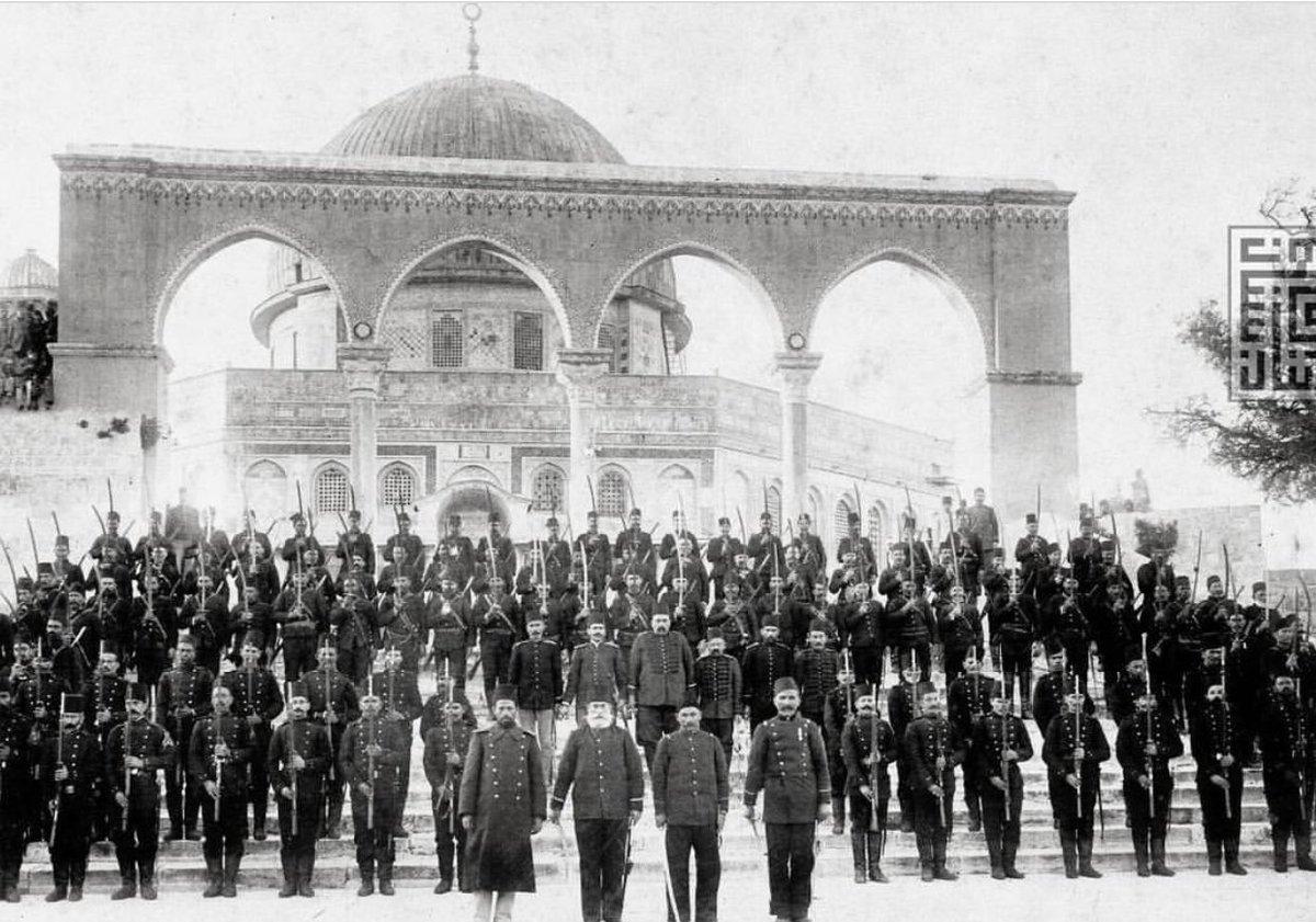 """Arşiv Tarih on Twitter: """"Kudüs'te Osmanlı askerleri.. Yıl, 1900… """""""