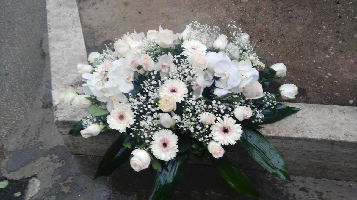 Fiori Funerale.Cuscinodifiori Hashtag On Twitter