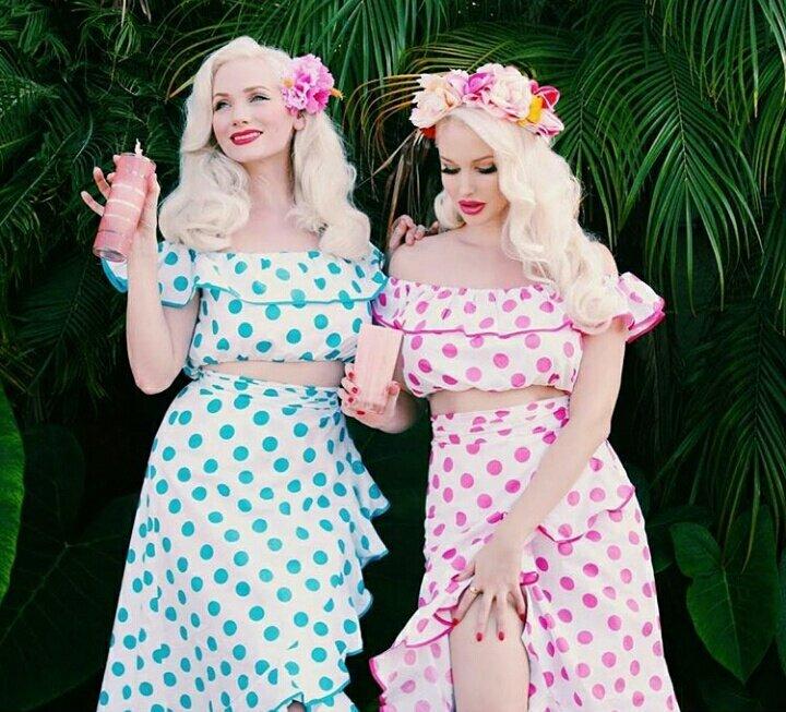 まるでカリフォルニア版叶姉妹なゴージャスでファビュラスなヴィンテージガールズ。40年代風オリジナルド…