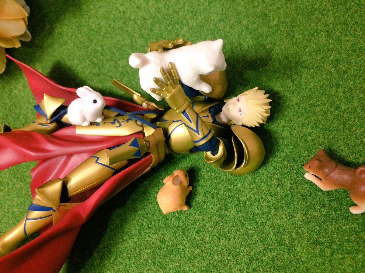 @tsukika613  フハハハハハ!!!よく吠えるな、雑種よ!!!  #FateGO