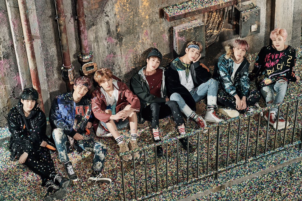 #BTS #YOU_NEVER_WALK_ALONE Concept Photo 1 https://t.co/ABR8Eyye1Y